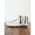 Vintage White Lace-Up Mocassins